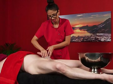 Aroused masseuse unlimited wants to collect her lips on turn this way fine piece